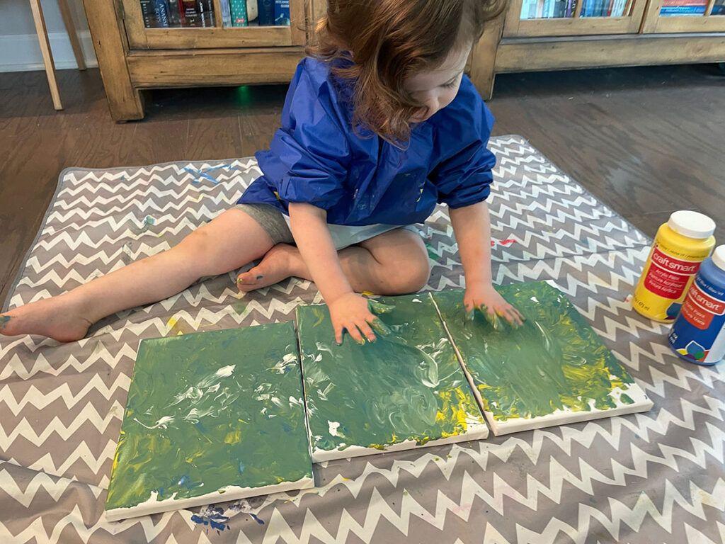 Pintura a mano para niños, actividad de niños en edad preescolar Montessori, actividad de niños Montessori, arte, lienzo, pintura acrílica