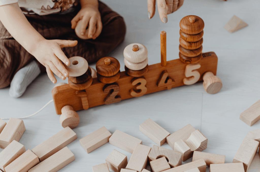 juguetes contadores de madera