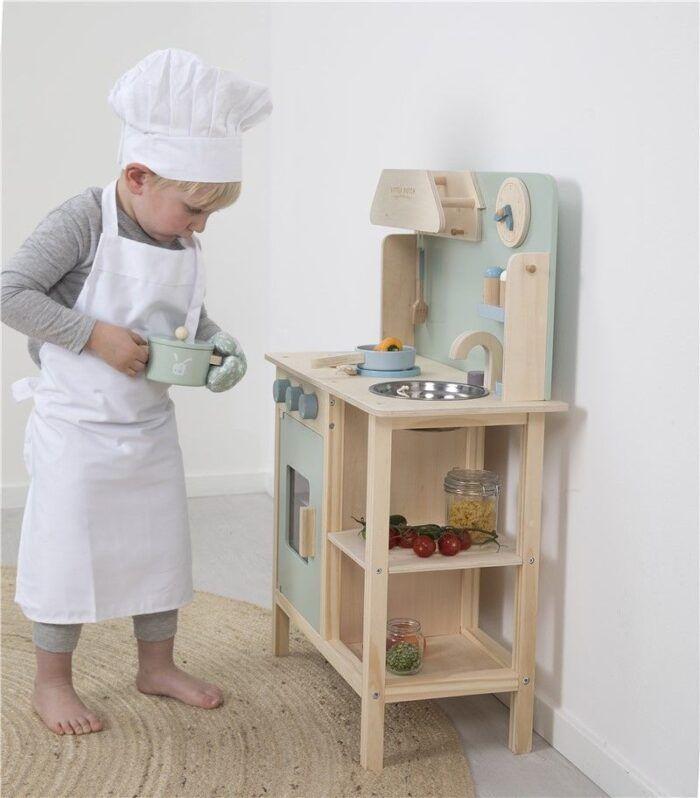 Cocinita de madera 4