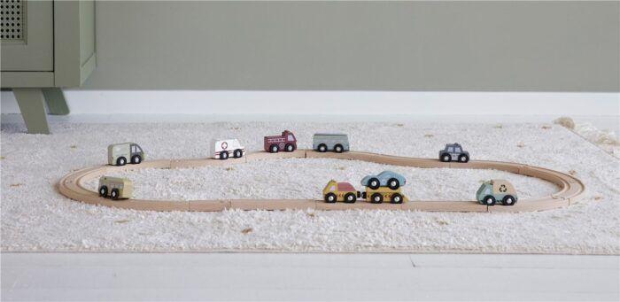9 vehículos de madera 1