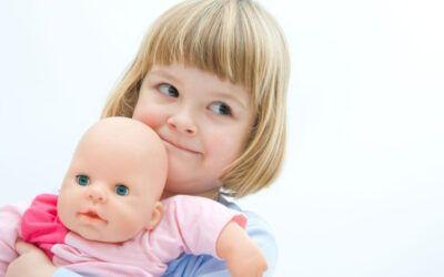 ¿Por qué las muñecas Montessori son realistas y anatómicamente correctas?