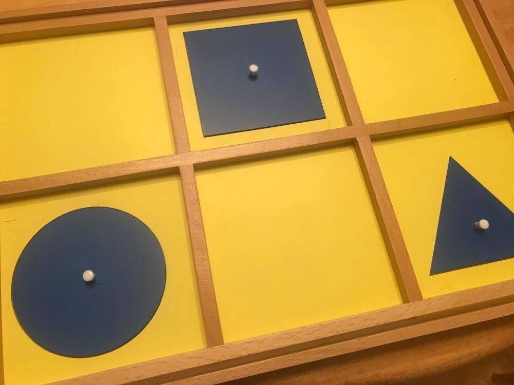 Imagen de globo de papel de lija Montessori.